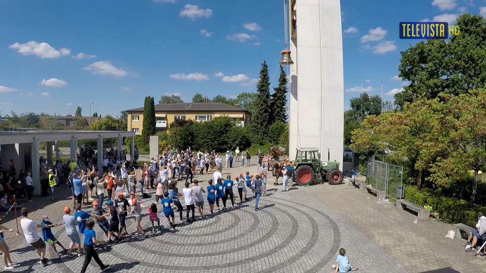 Vorschaubild für Glockenaufzug Dietlikon – Walliseller Glocke
