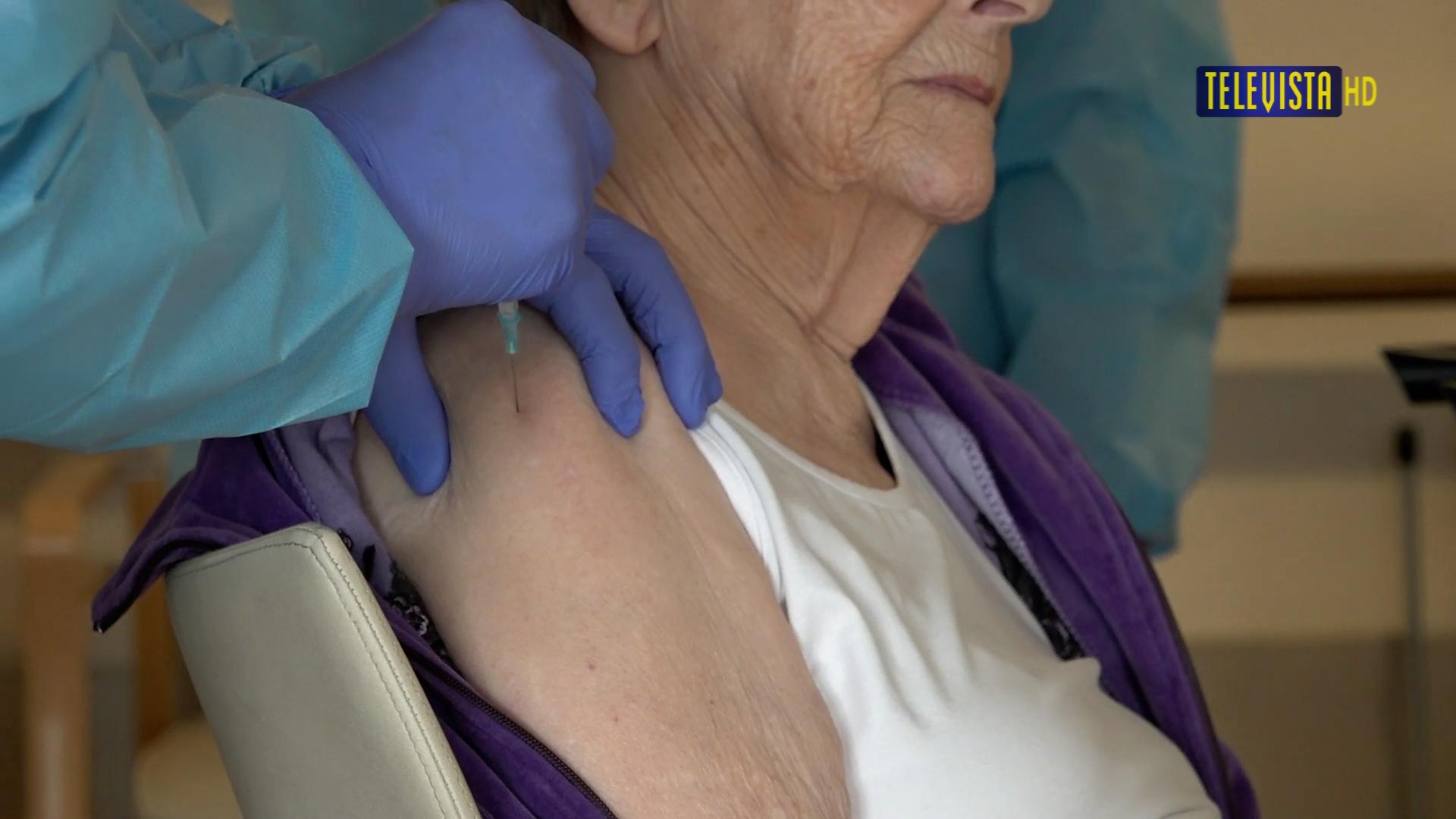 Vorschaubild für Zweite Impfung im Wägelwiesen