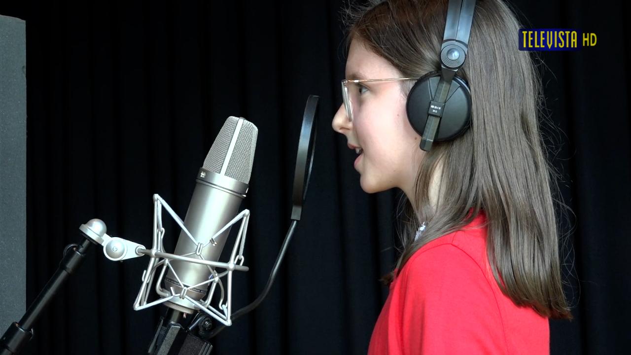 Vorschaubild für WOS-Kinderchor im Tonstudio