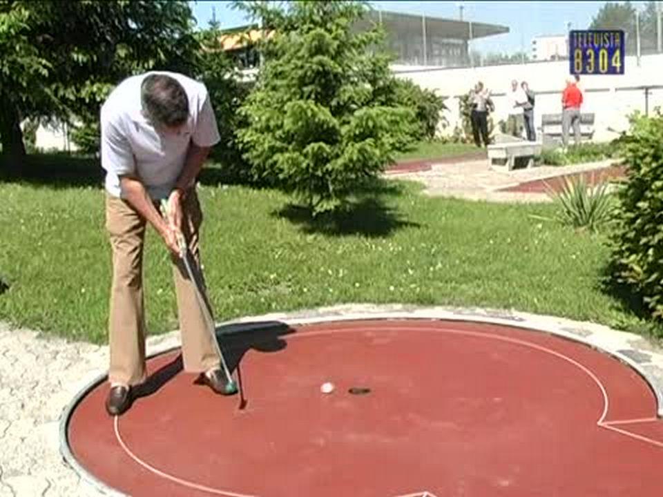 Vorschaubild für Einweihung Mini-Golf-Anlage