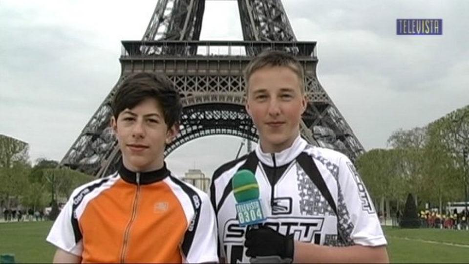 Vorschaubild für Paris nach Wallisellen 2 Schueler unterwegs